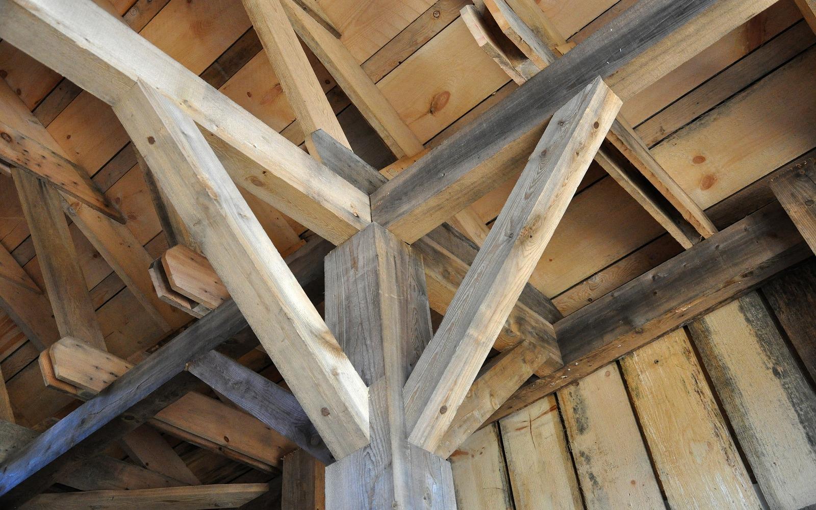 Problemi delle colle nelle case in legno cosa non sapevi for Case legno senza permesso