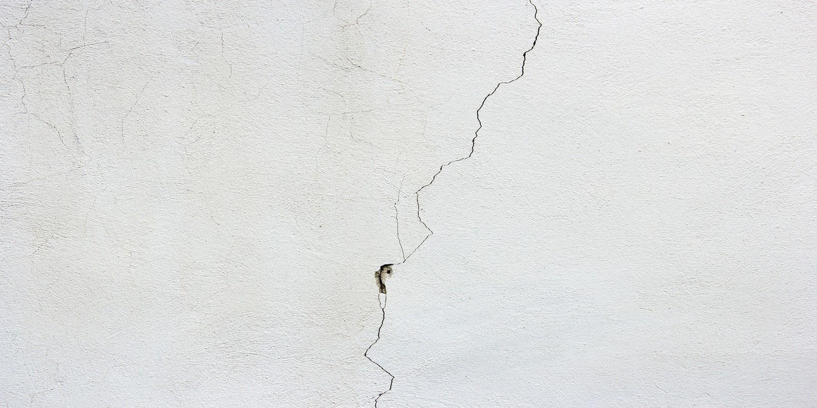 come-riconoscere-le-crepe-sui-muri-più-pericolose-dopo-un-terremoti